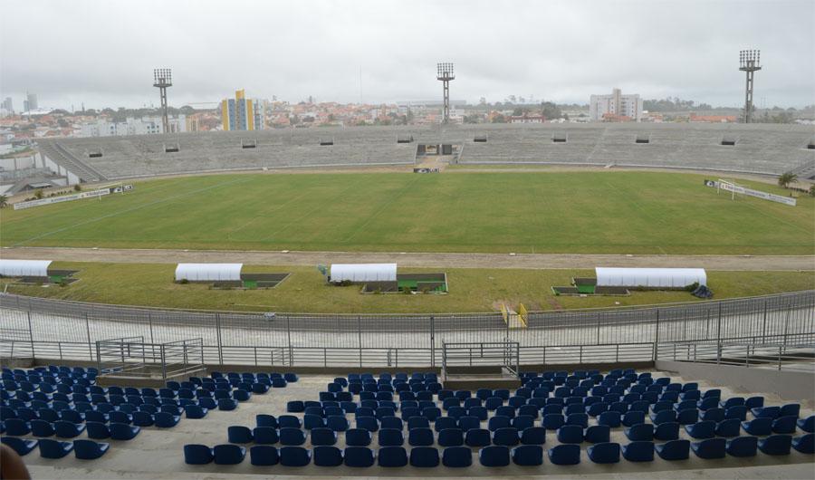 Estádio Amigão. Foto: Zenaide Ferreira